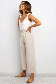 Spring Summer Fashion, Spring Outfits, Casual Summer Outfits, Summer Pants Outfits, Casual Summer Fashion, Casual Style Women, Summer Wear, Looks Chic, Looks Style