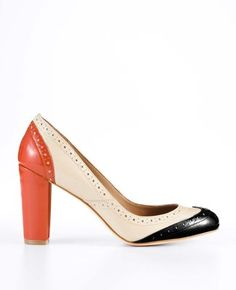 Pretty patent leather colorblocked pumps.