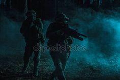 Black silhouettes of soldiers — Zdjęcie stockowe © zabelin #147140897