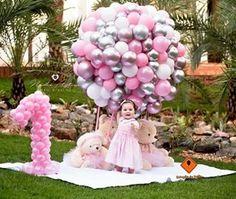 15 Trendy First Birthday Ideas Theme Balloons 1st Birthday Photoshoot, 1st Birthday Party For Girls, Girl Birthday Decorations, Baby Party, Baby Birthday, Birthday Ideas, Birthday Girl Pictures, First Birthdays, Balloons