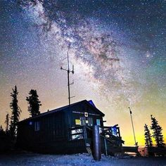 Fact: We're among the 7 best spots in the world to stargaze. (: @jared_a_stern) #nightsky #milkyway #astrophotography #PhotoFriday