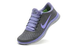 Nike Free 3.0 V4  Para correr, el gym o simplemente para andar cómoda!  Color: morado con gris humo.   Encuentra precios y detalles en Magniplaza.com, la mejor tienda en línea!