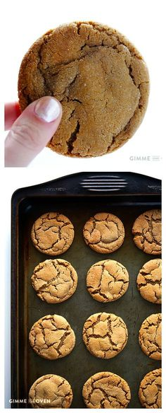 Chewy Ginger Molasses Cookies -- super soft, simple, and delicious! Chewy Ginger Molasses Cookies -- super soft, simple, and delicious! Yummy Cookies, Yummy Treats, Sweet Treats, Cake Cookies, Baking Recipes, Cookie Recipes, Dessert Recipes, Dessert Bread, Ginger Cookie Recipe