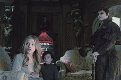 Still of Johnny Depp, Chloë Grace Moretz and Gulliver McGrath in Dark Shadows (2012)