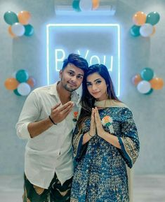 Designer Bridal Lehenga, Bridal Lehenga Choli, Cute Girl Pic, Cute Girls, Social Media Influencer, Celebs, Celebrities, Cute Couples, My Hero