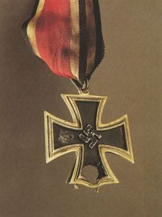 Knight's Cross of the Iron Cross belonging to Wolf-Werner Graf von der Schulenburg Wolf-Werner was born into a noble Altmark family in the second son of Prussian General Friedrich Graf von der Schulenburg From an early. Ww1 History, Military History, Cross Of Iron, Military Decorations, German Soldiers Ww2, Germany Ww2, Killed In Action, War Machine, World War Two