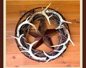 Antler Wreath - need antlers to put on a wreath Antler Crafts, Antler Art, Antler Mount, Country Decor, Rustic Decor, Deer Decor, Antler Decorations, Country Life, Country Living