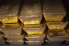 Gold price edges up to five-month high, widens spread between platinum- Nikkei Asian Review