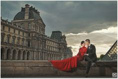 mimi & eddy Paris Pre Wedding near du musée du Louvre