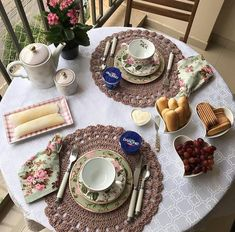 Dinning Table, A Table, Afternoon Tea Parties, Coffee Corner, Elegant Dining, Decorating Coffee Tables, Serving Dishes, Food Presentation, Tea Time