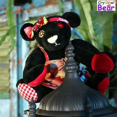 Cryoow! bear Blacky on the lantern (hight 20 cm when standing)