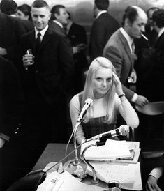 France Gall at a German Radio in 1967 France Gall, French Pop, French Collection, Monochrome, Music, Fictional Characters, 1960s, German, Musica