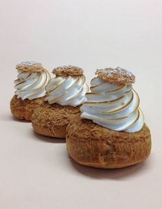 Popelini is a small pâtisserie where you can only buy cream puffs. The legendary cream puffs are one of the best things one of Le Huffington Post's editors have ever eaten in Paris. Need we say more?