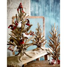 Seaside Inspired | driftwood twig tree from SeasideInspired.com