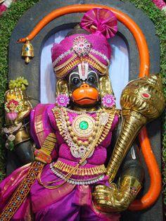 Hanuman Murti, Hanuman Jayanthi, Hanuman Pics, Hanuman Ji Wallpapers, Hanuman Wallpaper, Shiva Art, Krishna Art, Lord Balaji, Lord Krishna Images