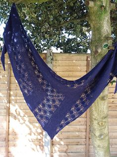 Ravelry: New Dew pattern by Bex Hopkins