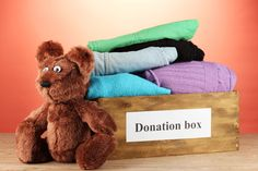 Donating This Holiday Season | It's time to start giving to a charitable organization! Use these tips when you start donating this season and see the difference it can make in your life and the lives of others. #HomeMattersBlog