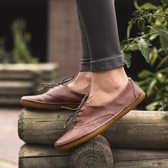 """""""With super-thin soles to let feet engage with the journey, our shoes keep your feet beautiful.  #beautifulfeet #vivojoy #VIVOBAREFOOT"""""""