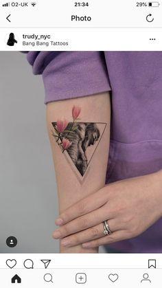 Small tattoo - Tattoo ideen - Tattoo Designs For Women Geometric Elephant Tattoo, Elephant Tattoo Meaning, Elephant Tattoo Design, Elephant Tattoos, Geometric Tattoo Design, Geometric Tattoos, Mini Tattoos, Body Art Tattoos, New Tattoos