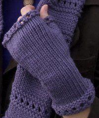 Montgomery Fingerless Mitts http://www.allfreeknitting.com/Wrist-Warmers/montgomery-fingerless-mitts