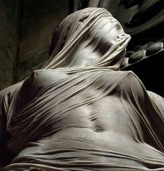 """Statua in marmo """"La pudicizia velata"""" - Corradini (Napoli)"""