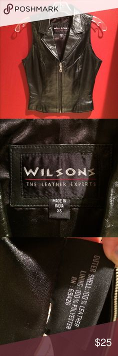 Wilson leather vest 😍😍 My fav Wilson leather vest size xsmall great condition 😍😍with fall coming 😍😍jet black 😍😍 Wilsons Leather Other