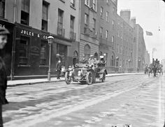 Daimler On Kildare Street - Clarke Collection Old Images, Old Pictures, Old Photos, Vintage Photos, Irish Independence, Images Of Ireland, Georgian Architecture, Dublin City, Dublin Ireland