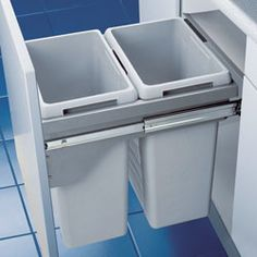 Recycling and bins in drawer - three bin size?