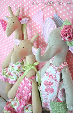 Giraffe and elephant dolls - Tilda studio
