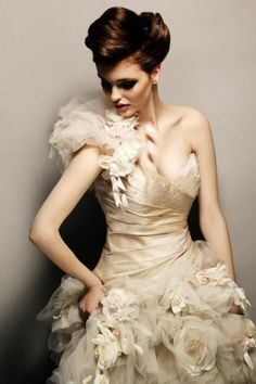 Weddbook is a content discovery engine mostly specialized on wedding concept. You can collect images, videos or articles you discovered organize them, add your own ideas to your collections and share with other people - Weddbook wedding dress Bridal Gowns, Wedding Gowns, Wedding Lace, Wedding Beauty, Wedding Attire, Maybelline, Champagne Gown, Gypsy, Dressed To Kill