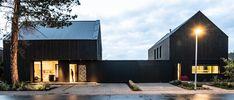 2 Platz Holzbaupreis Niedersachsen 2018 2 Einfamilienhäuser, Vechta, © Julia Pöstges Lopez Island, Room Additions, Exterior Colors, Black House, Home Projects, Home Goods, House Plans, Farmhouse, House Design