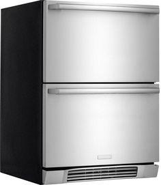 Apportez un vent de fraîcheur à votre domicile avec le tiroir de réfrigération EI24RD10QS. Il comporte des caractéristiques Luxury-DesignMD telles que le s