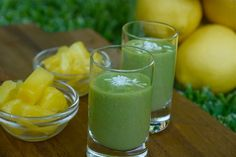 Pineapple Smoothies Recipes | Raw Green Smoothies | Healthy Blender Recipes - Website looks full of healthy, tasty foods I would actually make