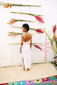 Tropical wedding backdrop | Kama Catch Me - Fiji & Destination wedding photographers | see more on: http://burnettsboards.com/2015/03/tropical-fete/
