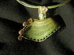šperkování - fotoalba ulivatelu - D? Lace Jewelry, Jewellery, Lace Art, Bobbin Lace Patterns, Textiles, Cabin Ideas, Lace Detail, Metal Working, Creativity