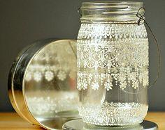 Dipinto a mano fiocco Mason Jar Lanterna marocchina, Design pizzo bianco perla - sul vetro cristallino