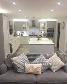 It's only Tuesday and this week is already kicking my butt. Bed is calling. Kitchen Design Small, Open Plan Kitchen Diner, Living Room Decor Cozy, Kitchen Design, Kitchen Diner, Open Plan Kitchen Living Room, Tan Living Room, Small Open Plan Kitchens, Home Decor Kitchen