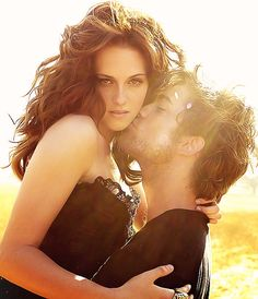 Kristen Stewart and Robert Pattinson, not too fond of Kristen but I really want a photo done like this!