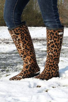 Leopard Boots  | animal print | | animal print decor | | animal prints and pattern |     http://www.thinkcreativo.com/