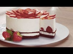 Jahodový cheesecake sKinder Mléčný řez