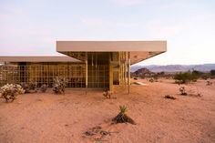 Palm Springs Modernism Week 2015 // Gold House, Photo by Tom Ferguson | Yellowtrace