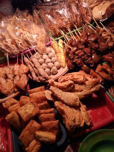 Wedangan Pak No, Gremet Food N, Food And Drink, Tumblr Food, Snap Food, Indonesian Food, Aesthetic Food, Food Cravings, Food Photo, Street Food