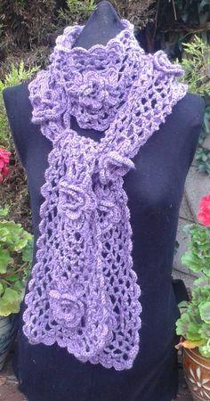Irish Rose Crochet Scarf Pattern van DesignedbySonya op Etsy