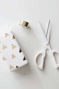 DIY Washi Gift Wrapping