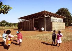 Educational Building In Mozambique / Andrè Fontes, Sixten Rahlff