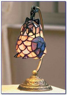 Owl stain glass lamp