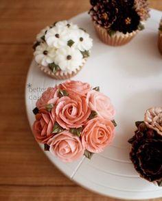 Done by student of Better class (베러 정규클래스/Regular class) www.better-cakes.com  *Any inquiries: bettercakes@naver.com  #buttercream#cake#베이킹#baking#bettercake#like#버터크림케이크#베러케익#cupcake#flower#꽃#sweet#플라워케익#foodporn#birthday#wedding#디저트#bettercake#dessert#버터크림플라워케이크#follow#food#koreancake#beautiful#flowerstagram#instacake#컵케익#꽃스타그램#베이킹클래스#instafood