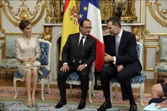 King Felipe VI of Spain and Queen Letizia of Spain, French President Francois Hollande, attend a meeting at the Elysee Palace on June 2, 2015 in Paris, France.