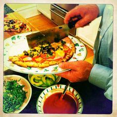Robin & Hal's Pizzeria & Bunkhouse