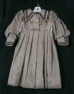 1893 Grey coat